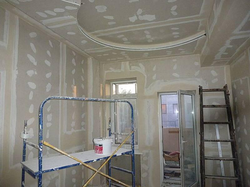 Гипсокартон или натяжной потолок — что выбрать?