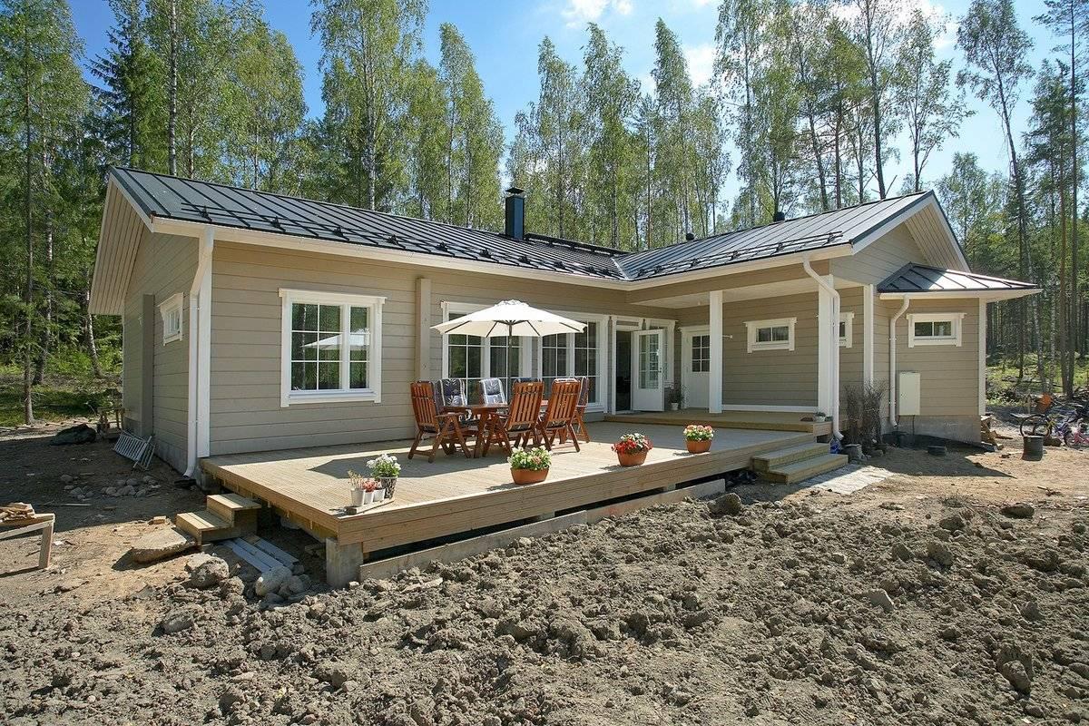 Как строятся финские одноэтажные дома из бруса с верандой