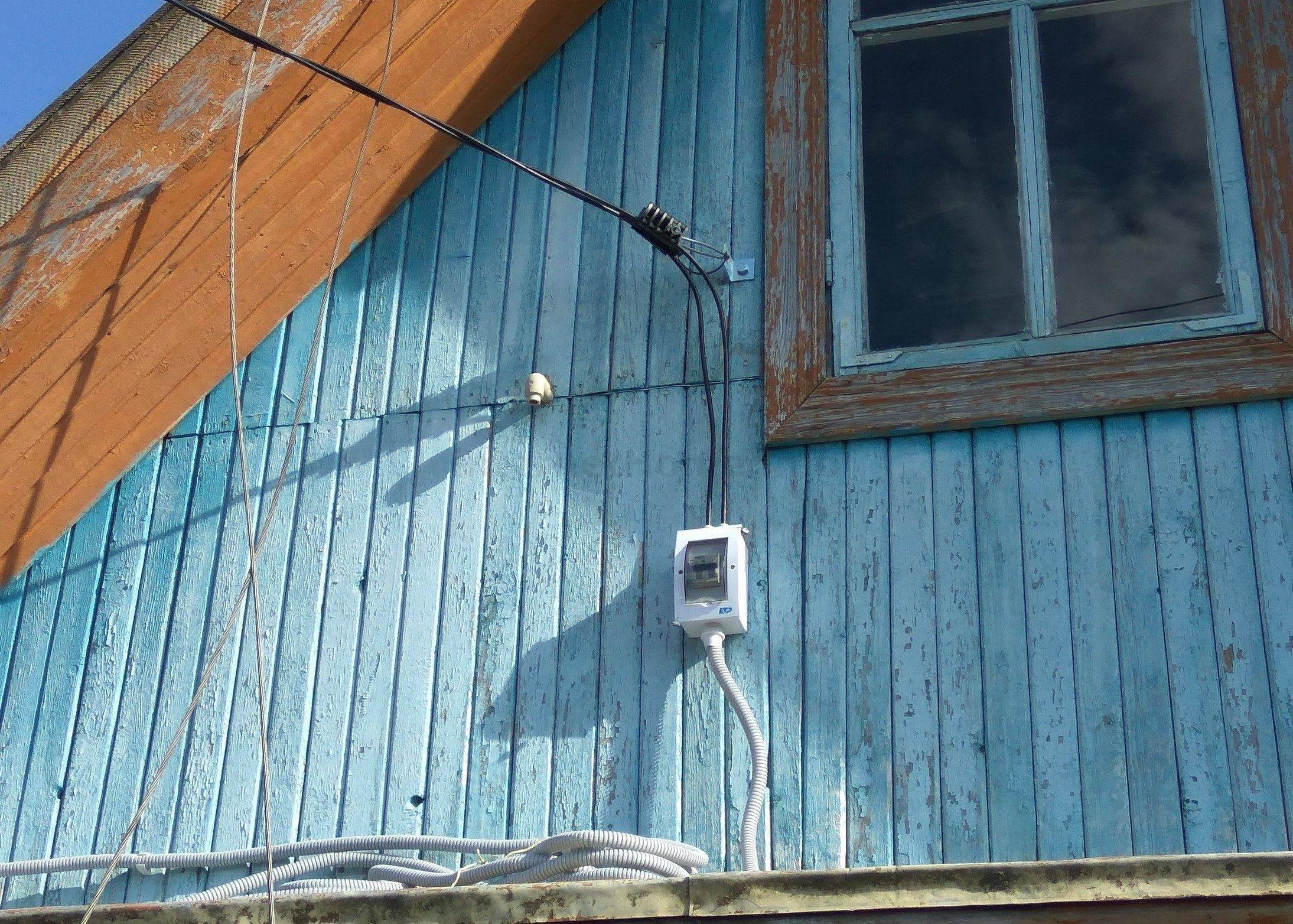 Ввод электричества в дом: как подвести безопасно и надежно электросеть (85 фото + инструкция)