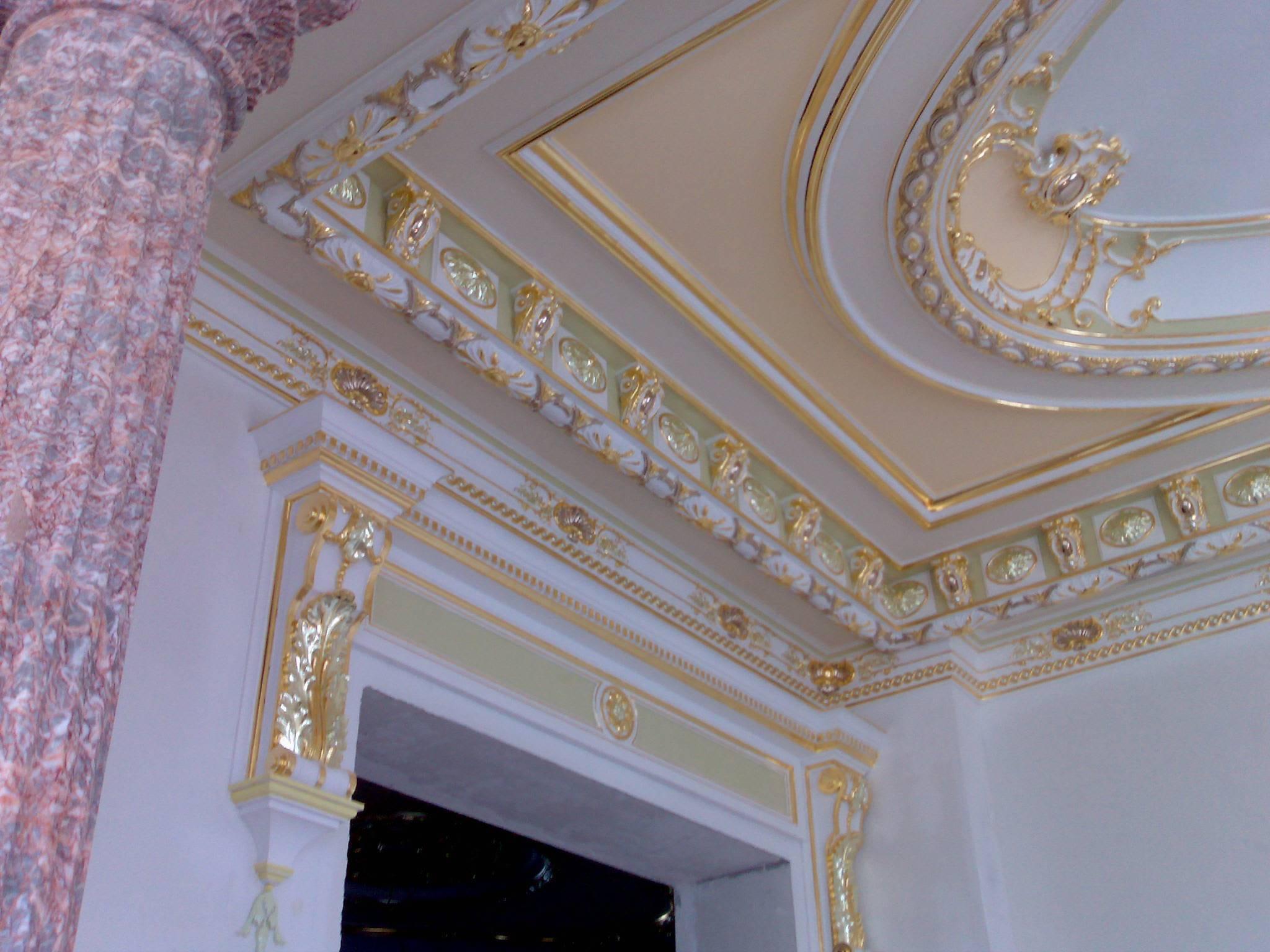 Лепнина на потолке: варианты оформления. грамотная реставрация гипсовой лепнины как реставрировать гипсовую лепнину