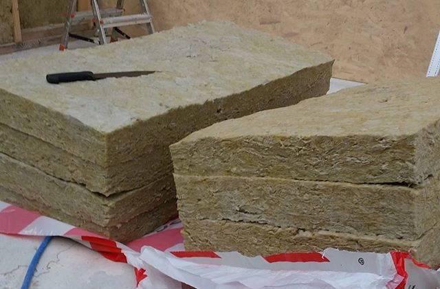 Базальтовая или минеральная вата – сравнение утеплителей