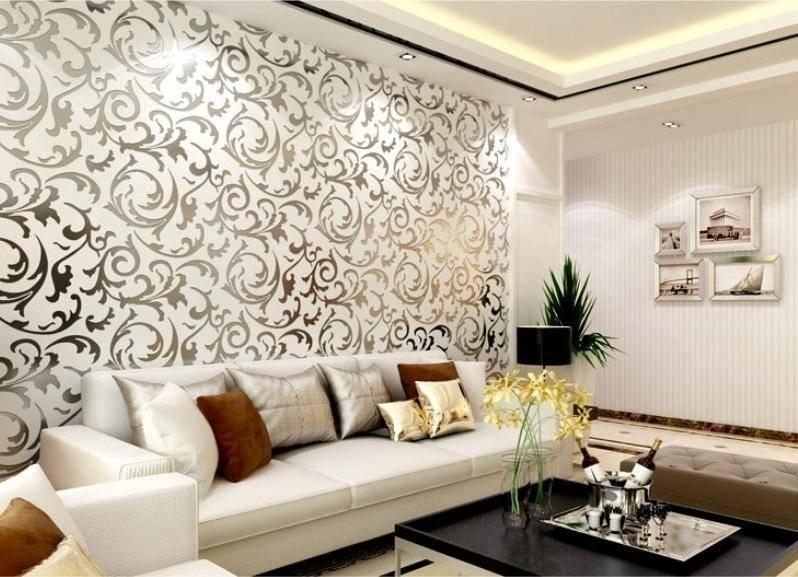 Комбинирование обоев в гостиной: идеи дизайна интерьера на фото