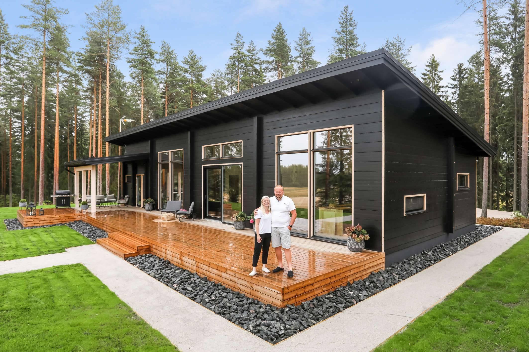 Проекты одноэтажных и двухэтажных загородных домов с панорамными окнами