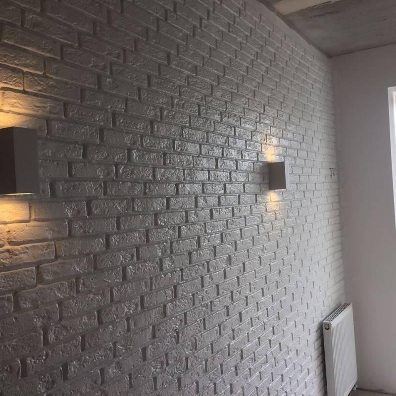 Гипсовый камень для внутренней отделки: фото интерьера, производство и монтаж декора