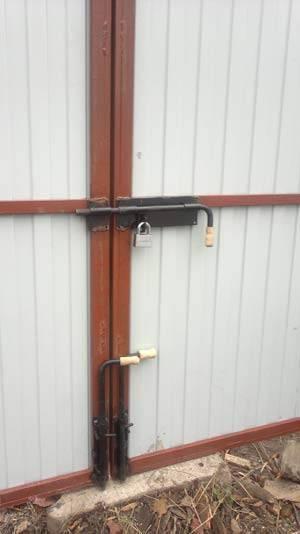Упор для ворот гаража от ветра: стопоры своими руками, фото и видео