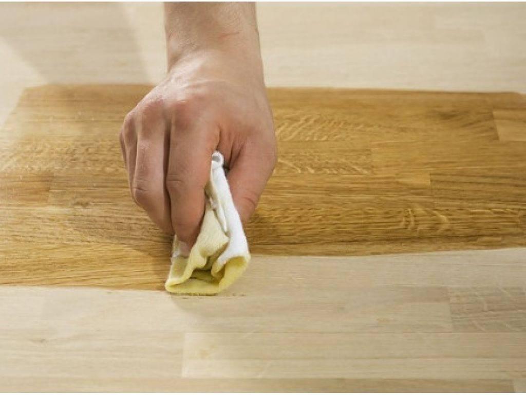 Как убрать царапины с мебели?
