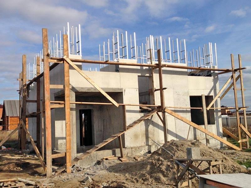 Монолитные работы в строительстве дома и стен: виды и технология