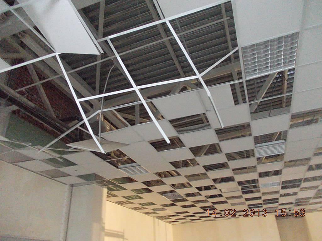 Потолок армстронг своими руками: выбор материалов и инструментов, подготовка, монтаж профильной системы, плиток и растровых светильников