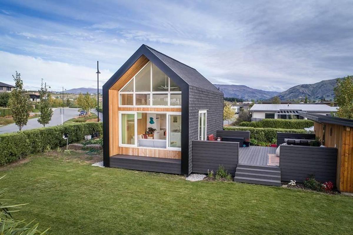 Двухэтажный дом: 100 фото самых удачных проектов и варианты их применения