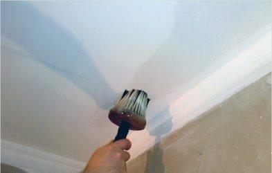Шпаклевка потолка под покраску: как правильно шпаклевать своими руками и цена м2