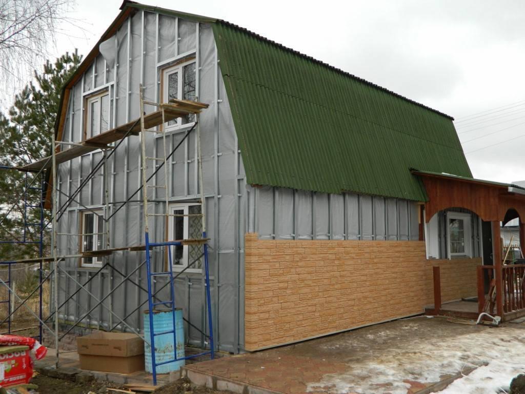 Чем отделать снаружи дом из пеноблоков?