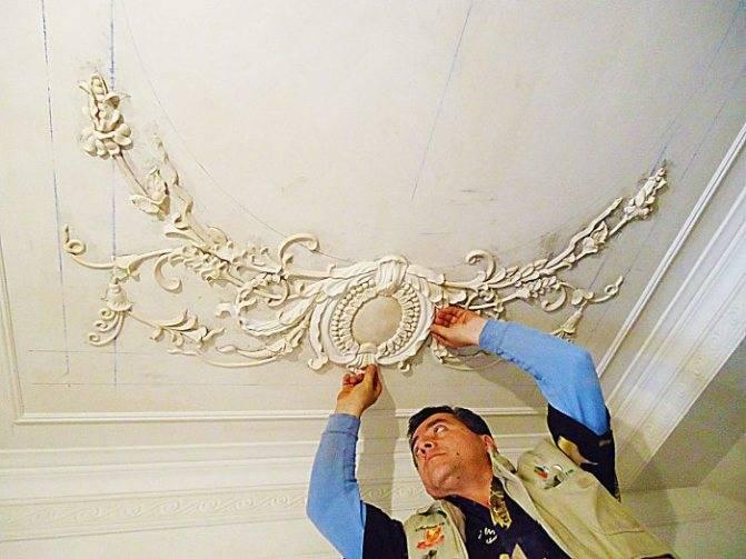 Реставрация лепнины на потолке своими руками. особенности реставрации гипсовой лепнины - электрик