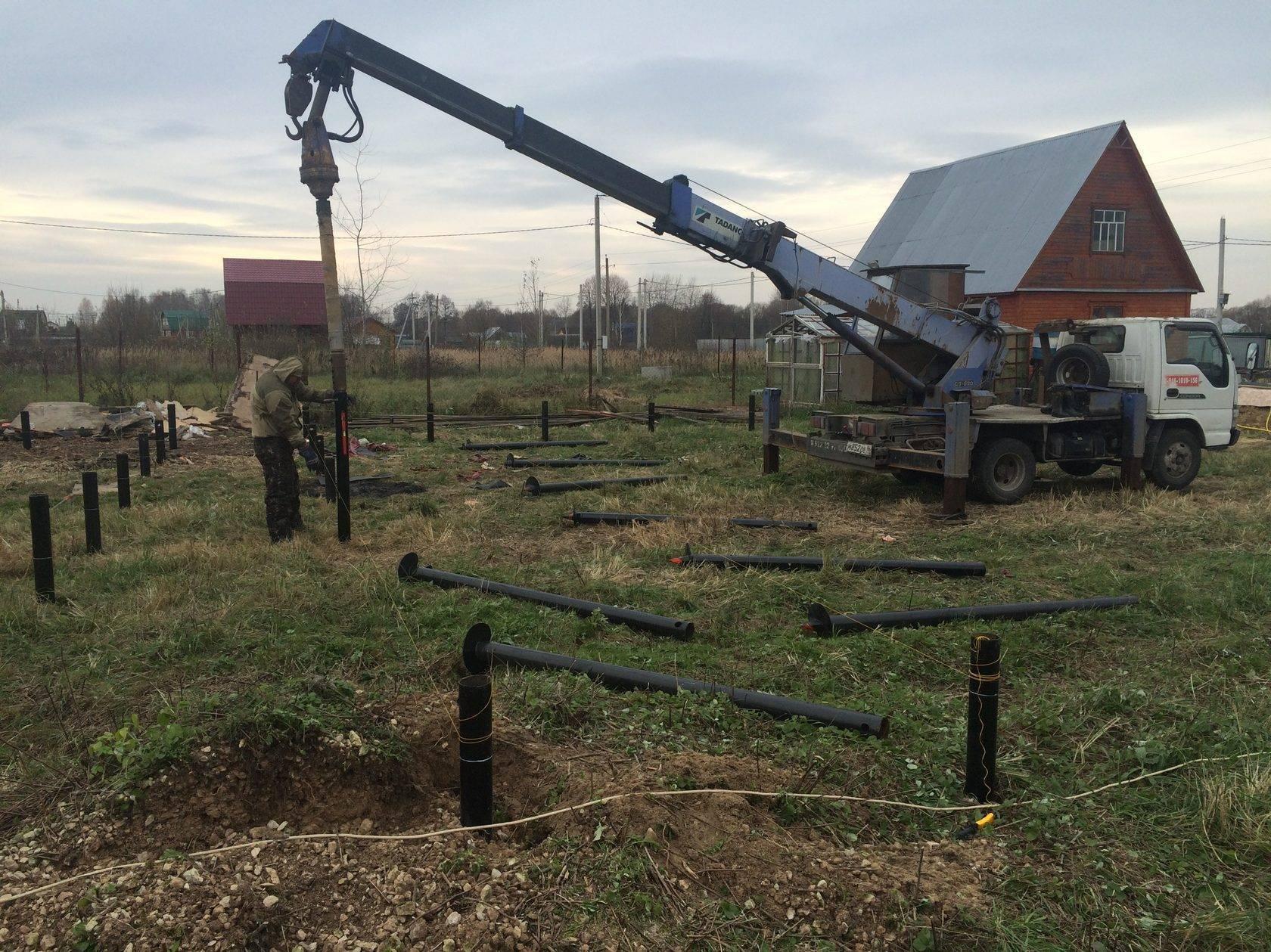 Монтаж винтовых свай зимой: установка и заливка фундамента