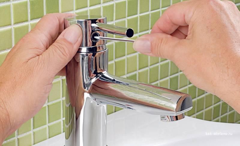 Течет кран в ванной: как починить однорычажный смеситель своими руками, ремонт в ванной, и как отремонтировать кран с одной ручкой