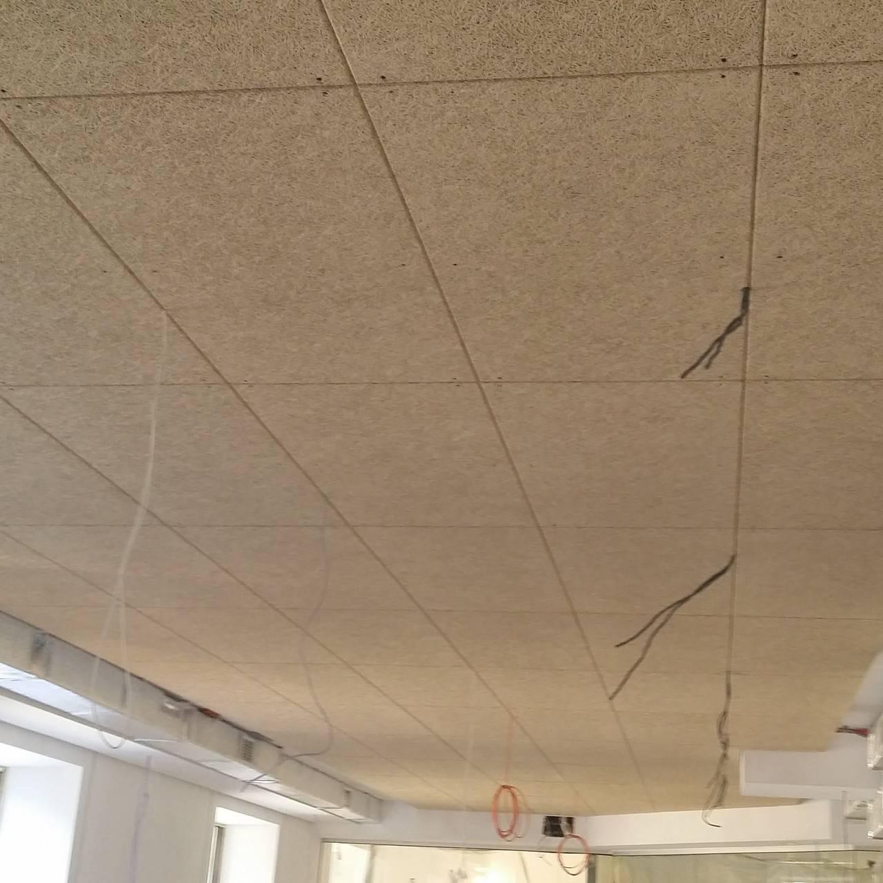 Акустические потолки: натяжные, подвесные армстронг, панели кнауф и другие