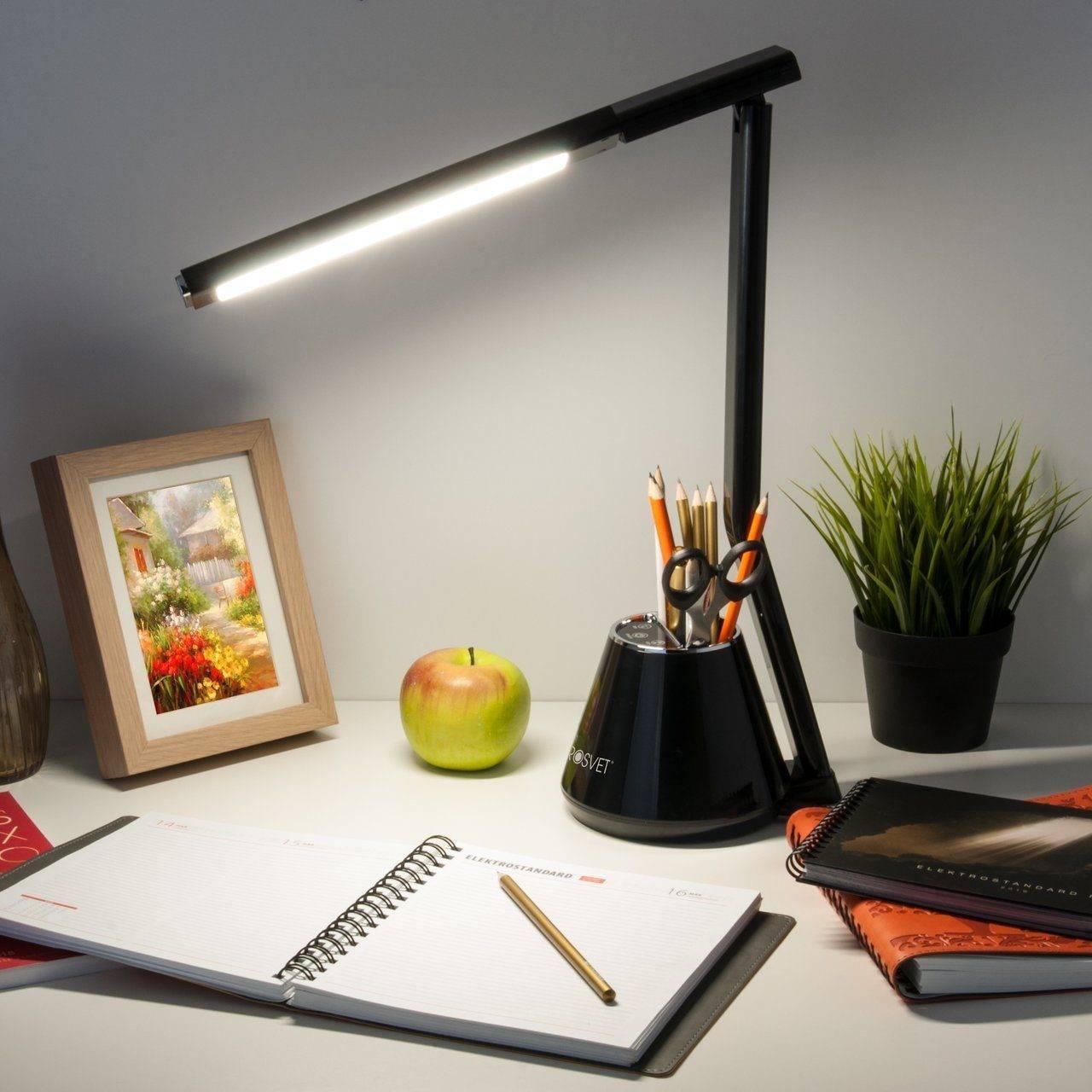 Правила выбора настольных ламп и рекомендации по расположению на рабочем столе