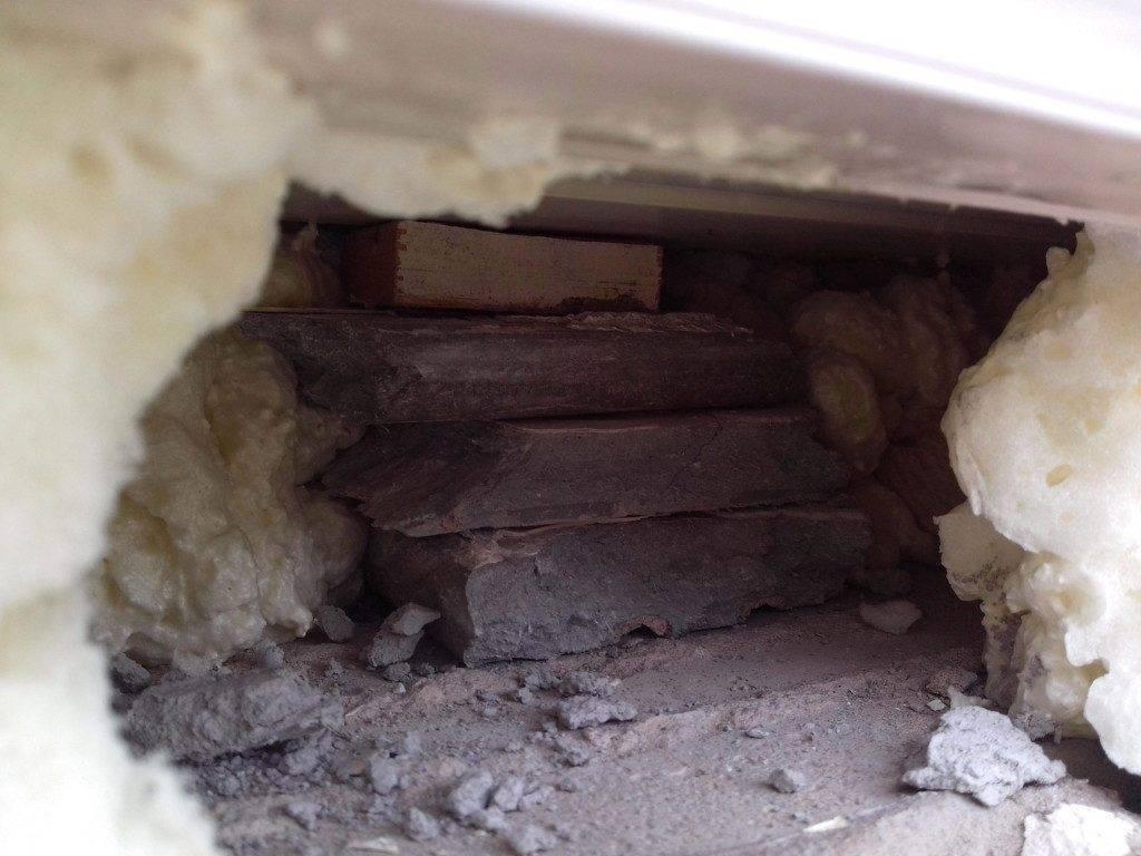 Как заделать дыру в стене из гипсокартона, кирпича, бетона?