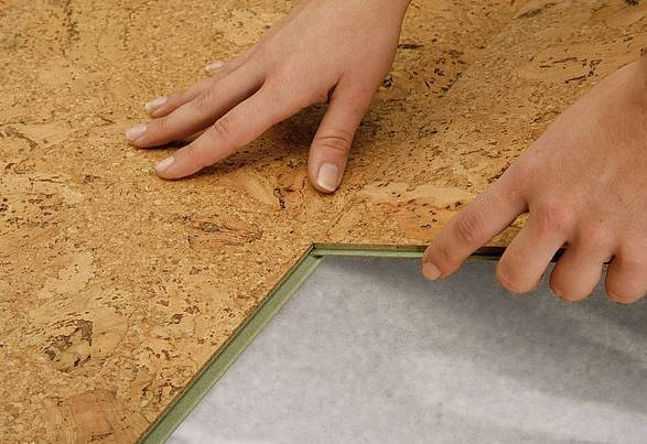 Белая потолочная пробка: монтаж и выбор покрытия