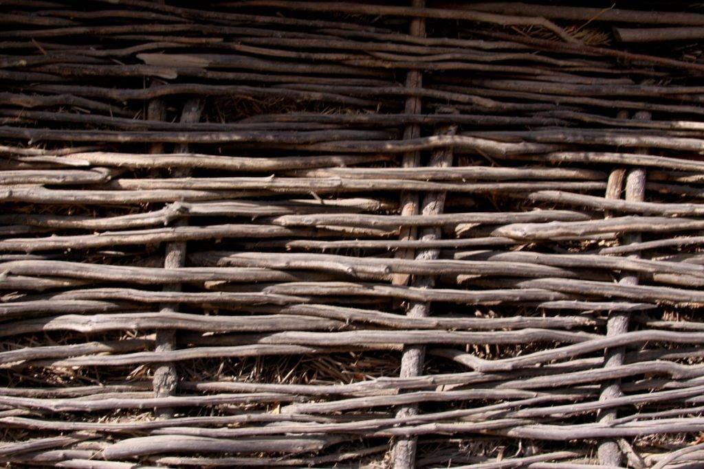 Плетень на даче своими руками: фото, мастер класс