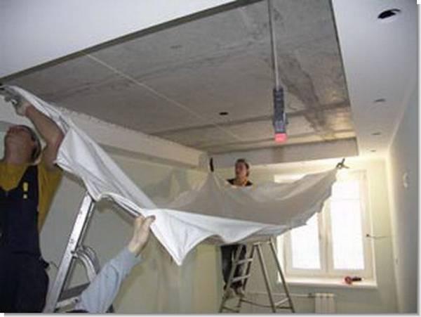 Как самостоятельно демонтировать натяжной потолок и установить обратно