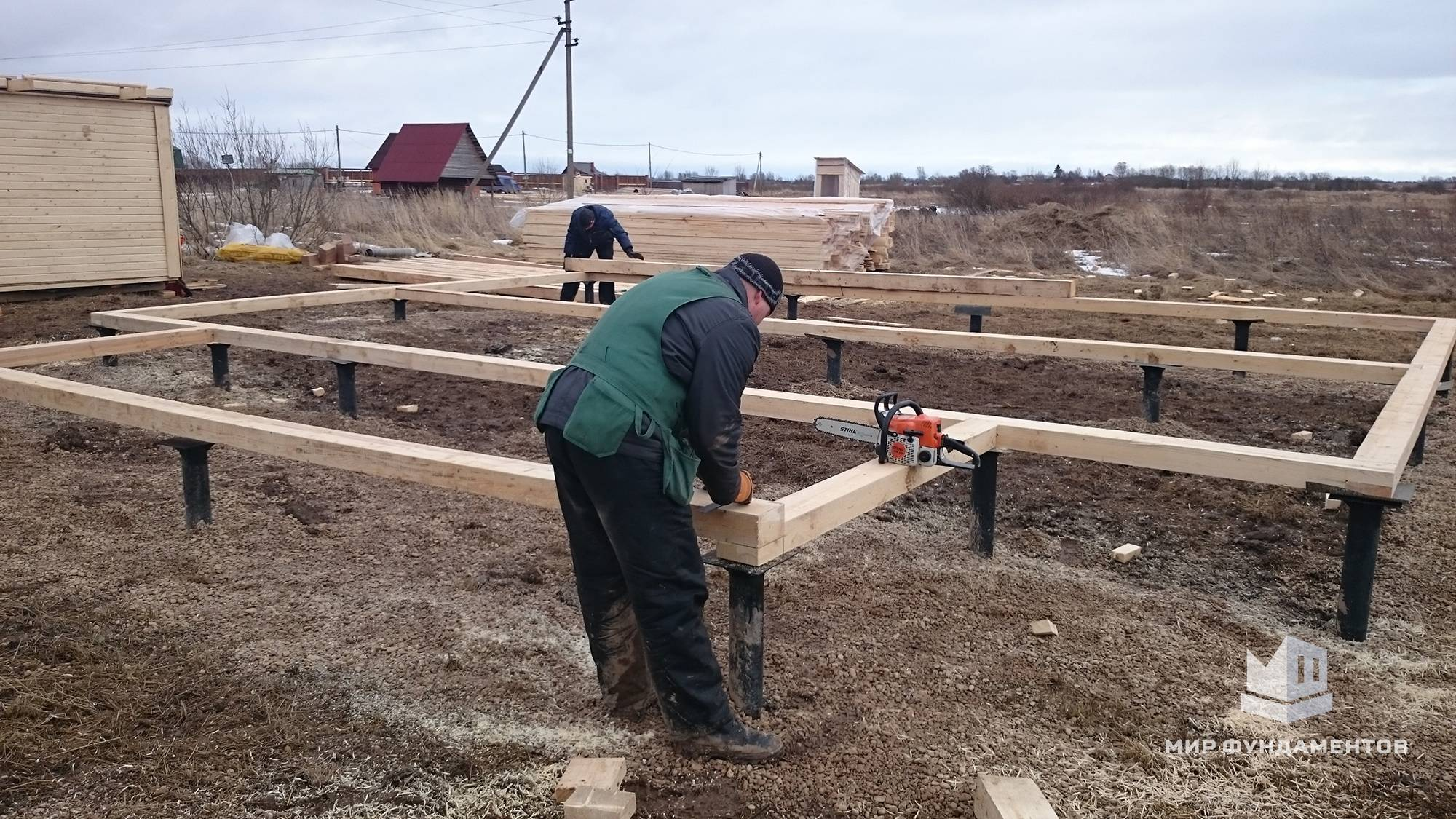 Установка свайно-винтового фундамента зимой