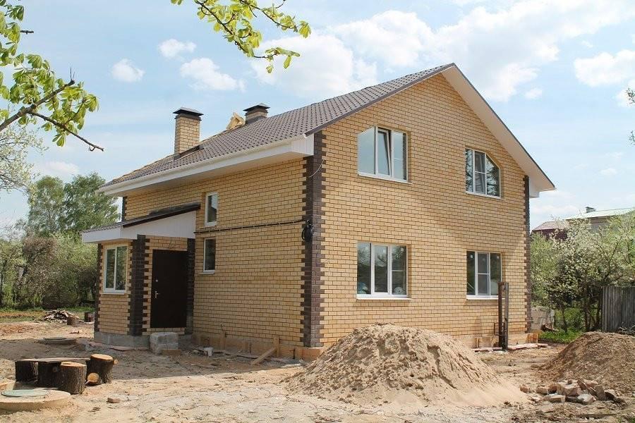 Лучшие кирпичные дома — нестареющая классика и большие возможности для дизайнерских решений