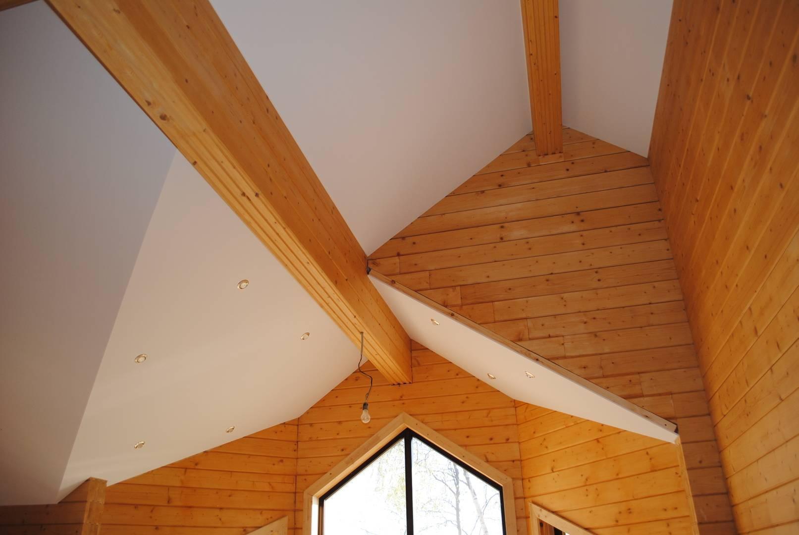 Отделка стен гипсокартоном в деревянном доме (33 фото): как обшить своими руками