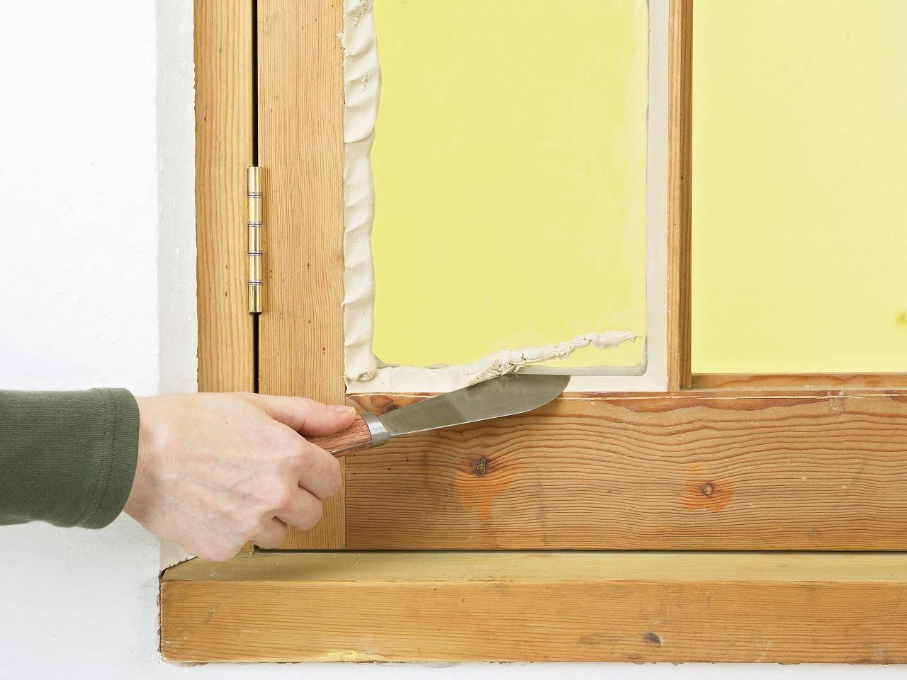 Как утеплить деревянные окна