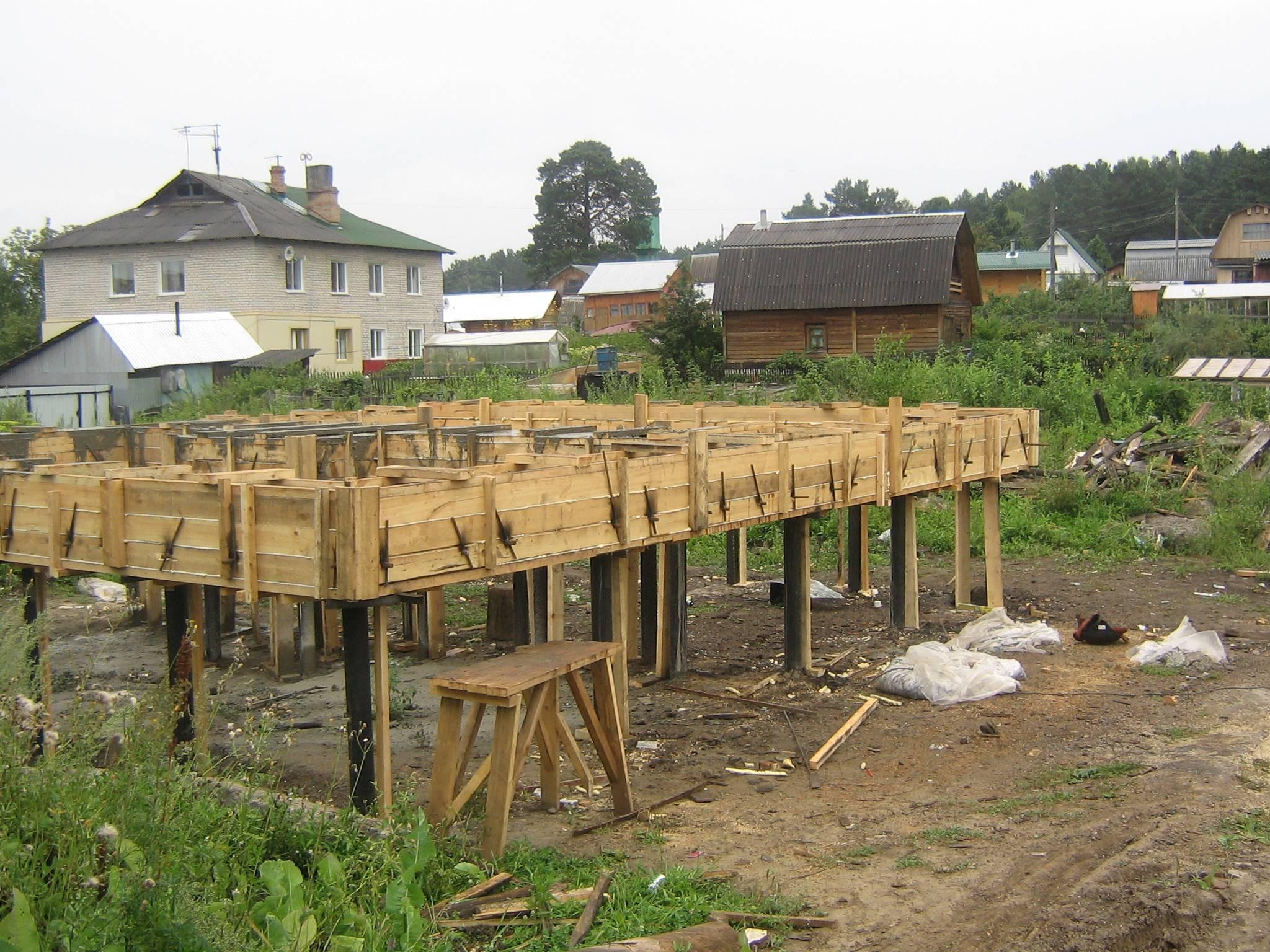 Свайный фундамент под дом из пеноблоков – доступно, просто, дешево