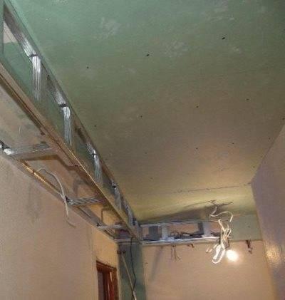 Потолок в ванной из гипсокартона: как сделать, фото и примеры в интерьере