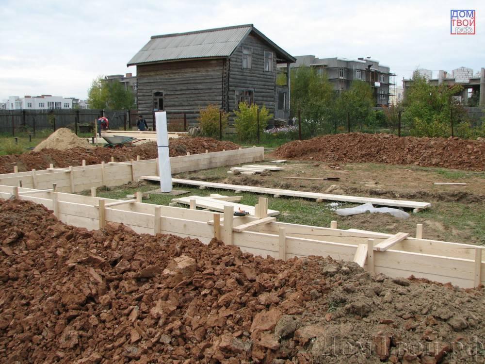 Дом на склоне, фундамент дома на склоне