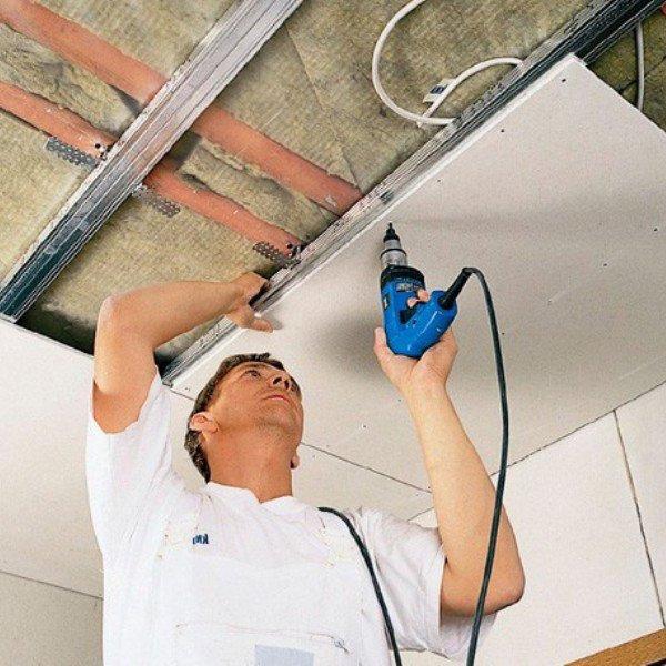 Какой потолок лучше натяжной или из гипсокартона - сравнение характеристик