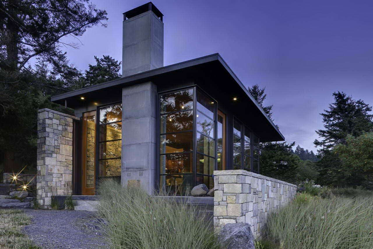 Жилые дома из стекла: стирая грань между «внутри» и «снаружи»