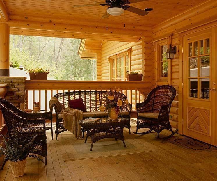 Интерьер деревянного дома из бревен