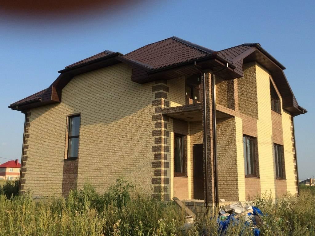 Кирпичный фасад частного дома: варианты и цветовая гамма отделки, фото
