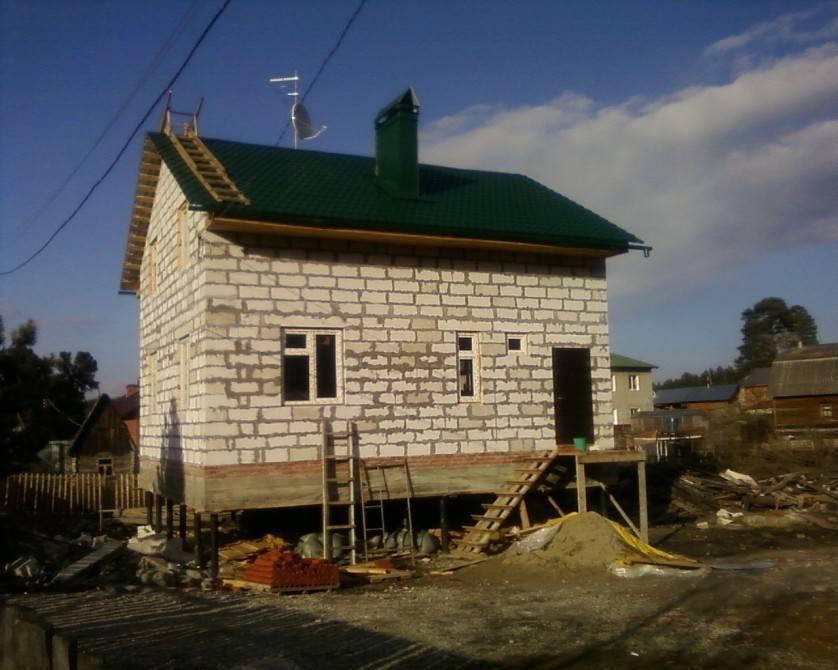 Свайный фундамент под дом из пеноблоков: технология