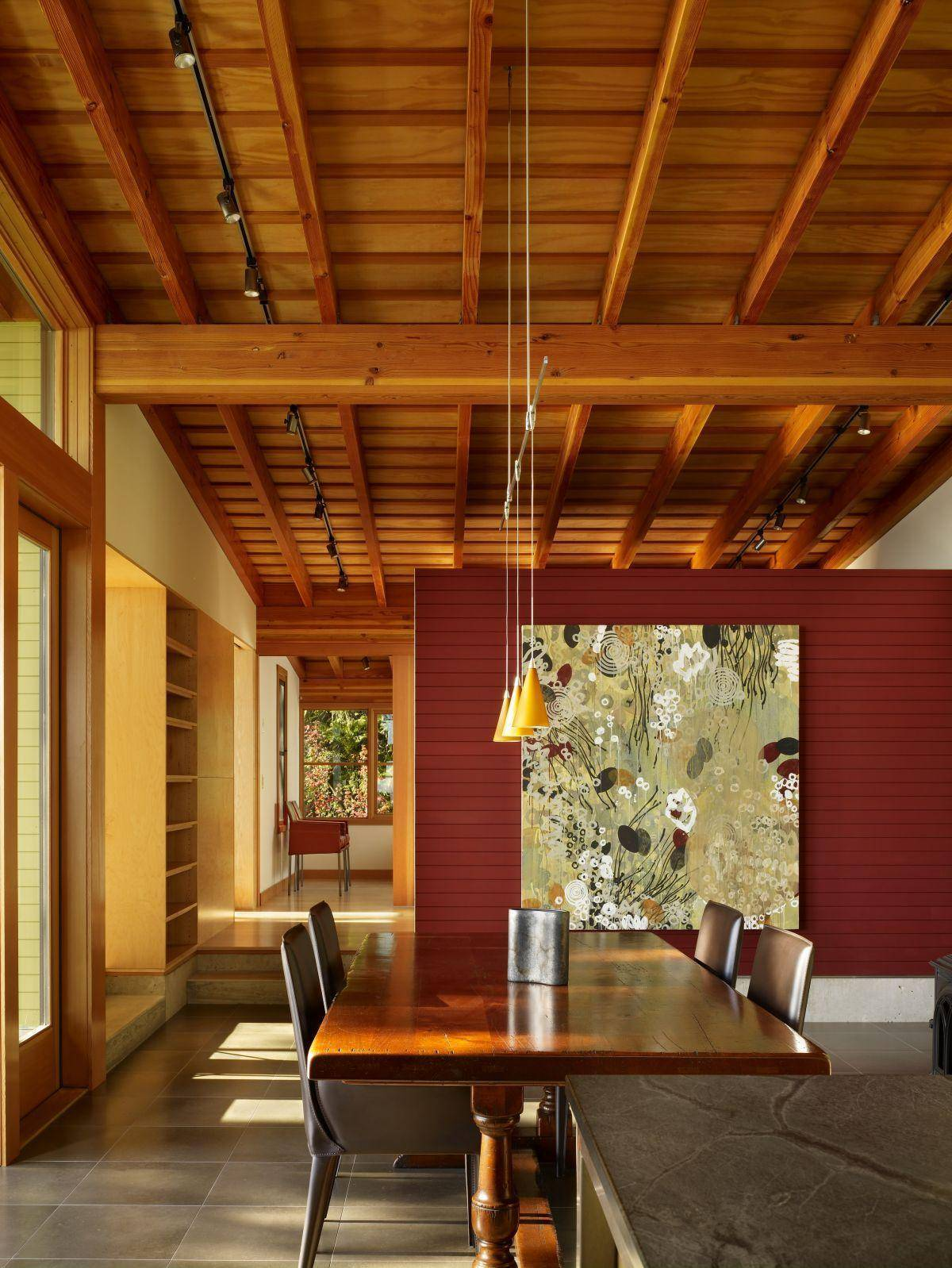 Как сделать и чем обшить потолок в загородном доме своими руками: советы по оптимальной высоте потолка, фото и видео-инструкция