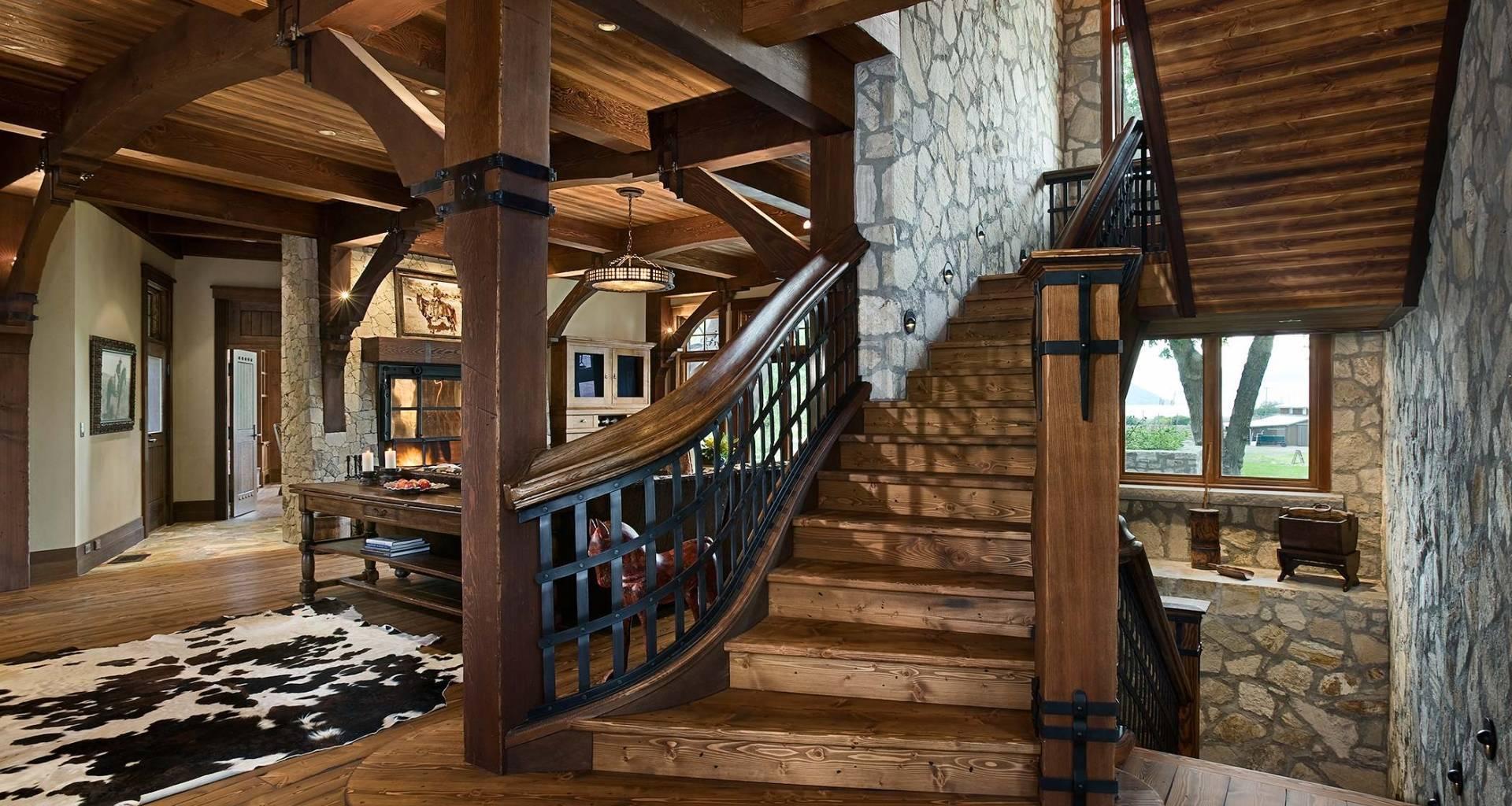 Интерьер деревянного дома - 40 фото дизайна внутри