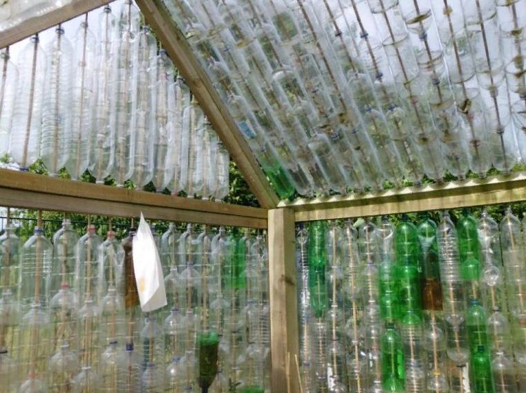 Что интересного можно сделать, используя крышки от пластиковых бутылок