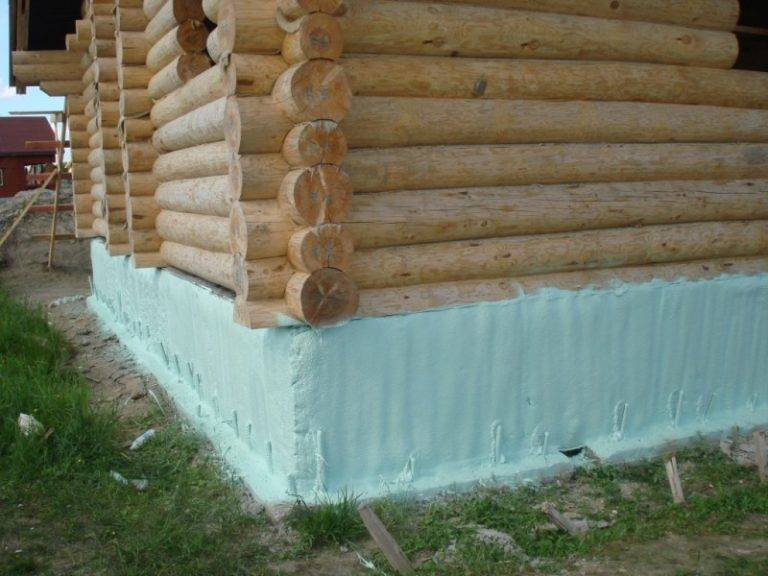 Технология наружного утепления фундамента деревянного дома