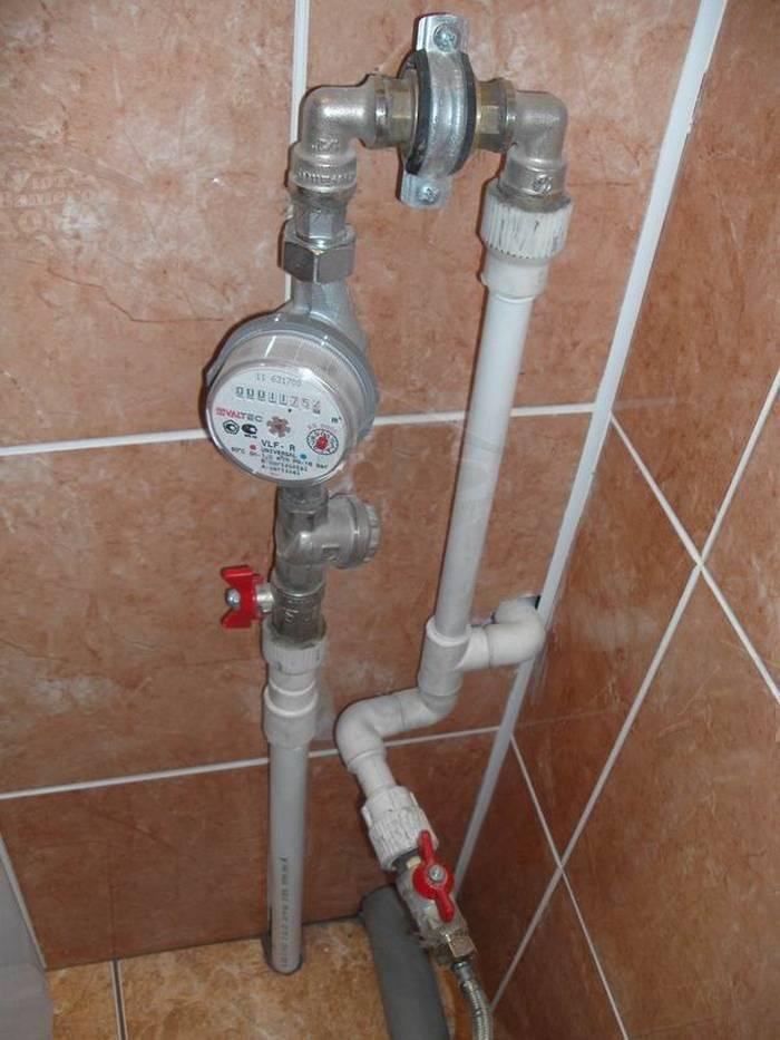 Как осуществить установку счетчика для воды своими руками
