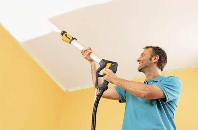 Покраска потолка водоэмульсионной краской своими руками видео краскопультом