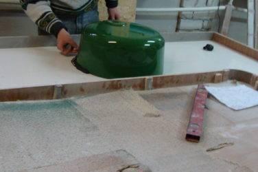 Столешница из искусственного камня своими руками: фото изготовления из натурального камня для кухни, видео-инструкция как сделать столешницу из искусственного камня своими руками – покажем и расскажем – дизайн интерьера и ремонт квартиры своими руками