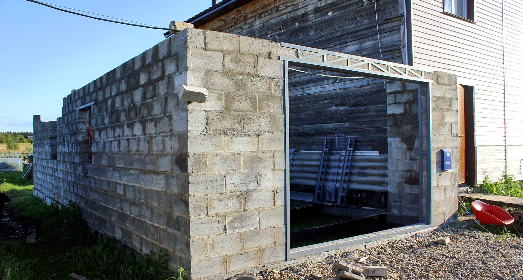 Дом из шлакоблока: за и против, технология производства блоков в домашних условиях, бесплатные проекты, строительство своими руками - инструкция, фото и видео-уроки