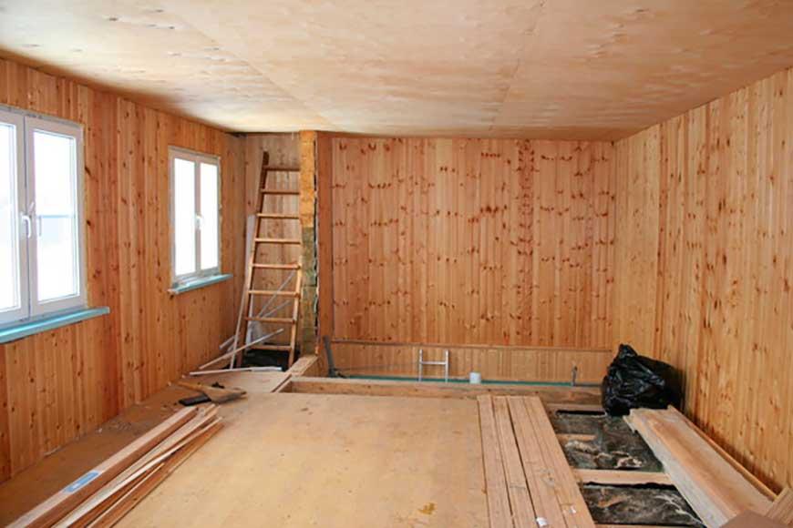 Преимущества, недостатки и фото потолков из фанеры