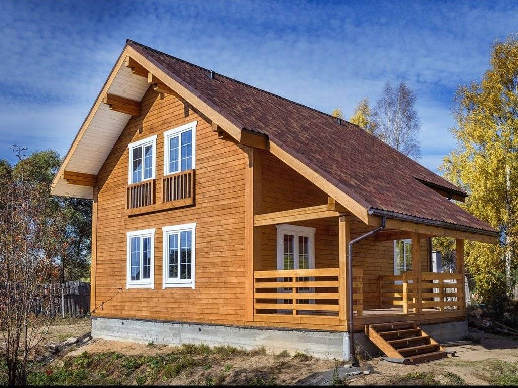 Из чего лучше строить деревянные дома?