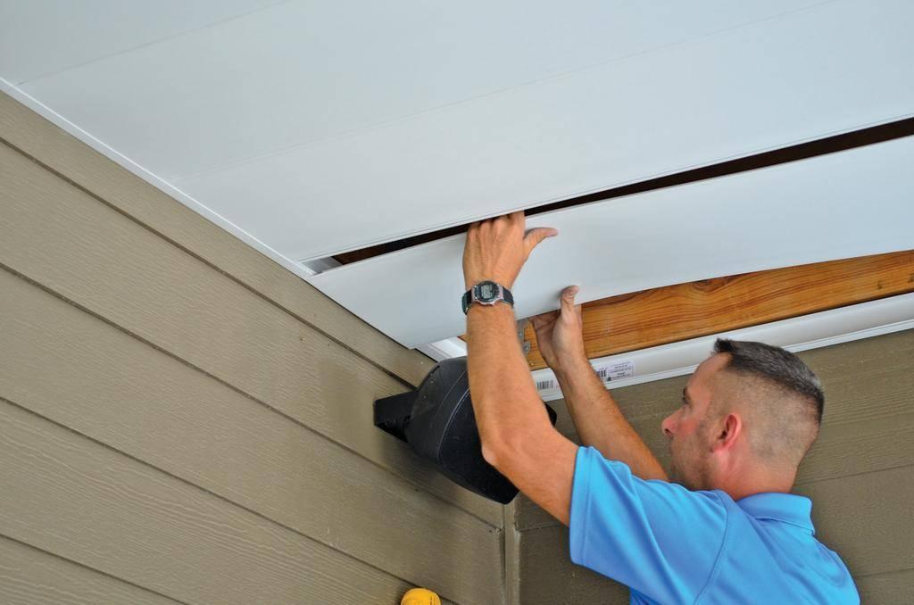 Потолки своими руками из мдф: как сделать монтаж каркаса, обшить его панелями, правильно стыковать и крепить  подвесную конструкцию?
