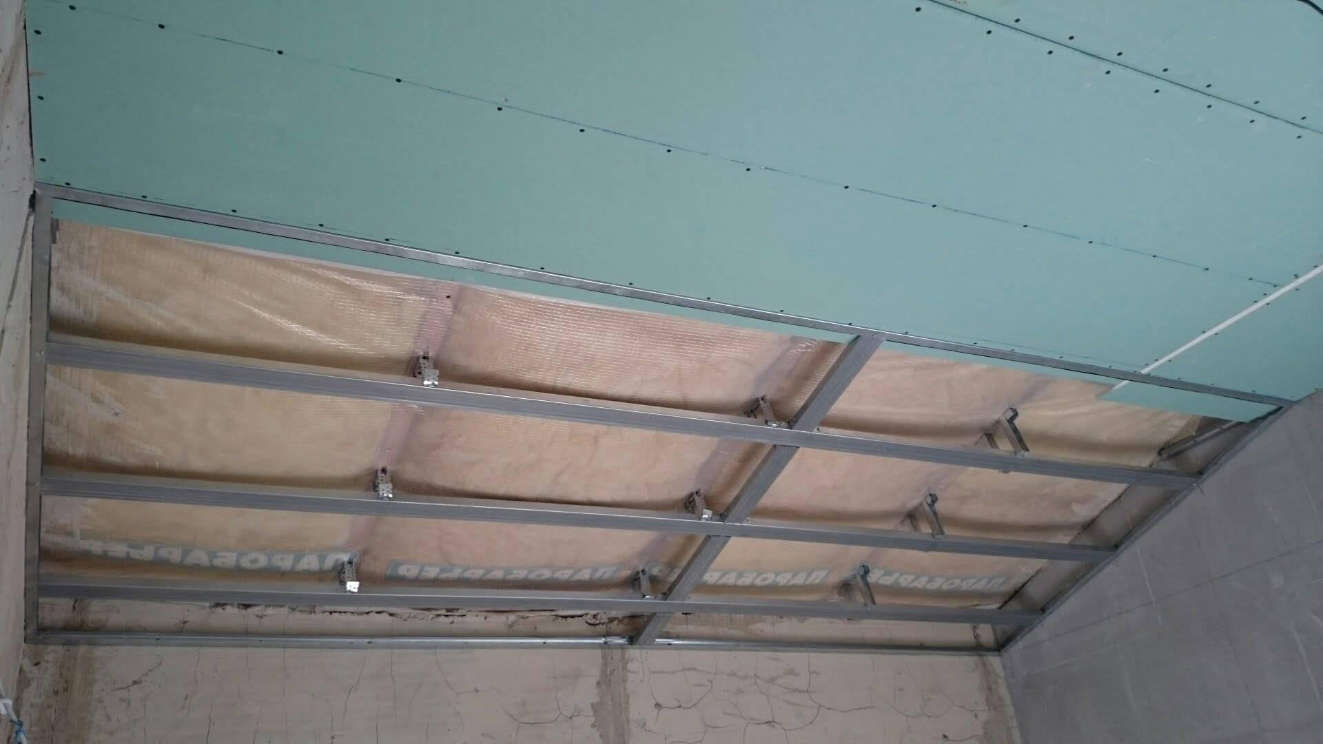 Как обшить гипсокартоном деревянный дом: приводим в порядок стены изнутри и потолок