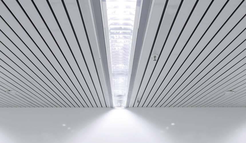 Реечные потолки - подвесные комплекты в наборе