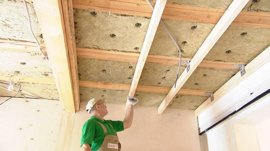 Какой нужен гипсокартон для деревянного дома на потолок